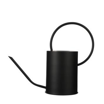 Gieter zwart metaal