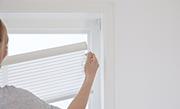 /advies/raamdecoratie/rolgordijn-inkorten-en-ophangen