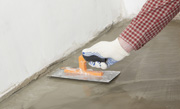 Betonnen vloer op zwaluwstaartplaten leggen