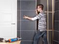 Tegelpanelen monteren in je badkamer   KARWEI
